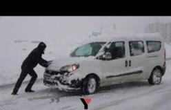 Yüksekova'da Yoğun Kar Yağışı