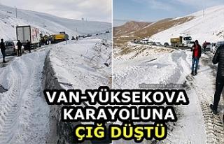 Van-Yüksekova karayoluna çığ düştü