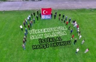 Yüksekova'da Saat 19.19'da İstiklal Marşı...