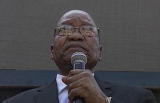 Güney Afrika'da eski devlet başkanı Zuma'ya...