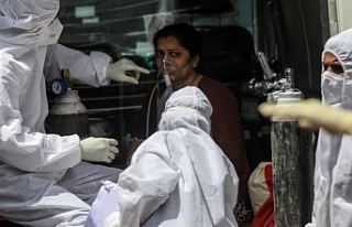 Endonezya'da oksijen krizi: 60'tan fazla...