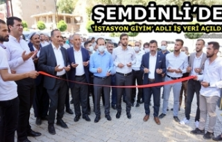 Şemdinli'de 'İstasyon Giyim' Adlı İş Yeri...