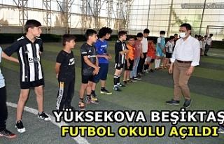 Yüksekova Beşiktaş Futbol Okulu açıldı