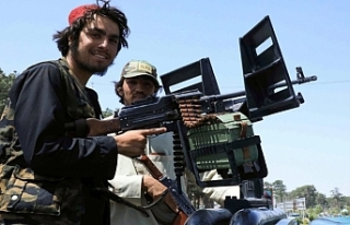 Afganistan Devlet Başkanı Gani ülkeyi terk etti,...