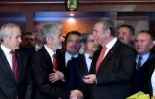Mansur Yavaş'tan eski başkan Mustafa Tuna'ya jest:...