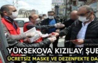 Yüksekova Kızılay Şubesi Ücretsiz Maske Ve Dezenfektan...
