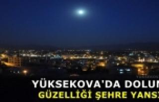 Yüksekova'da Dolunay Kendine Hayran Bıraktı