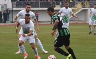 Afjet Afyonspor, Sakaryaspor'u 2-1 Mağlup Etti, Spor Toto 1. Lige Yükseldi