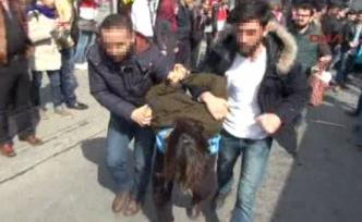 Kadıköy'de polis müdahalesi!