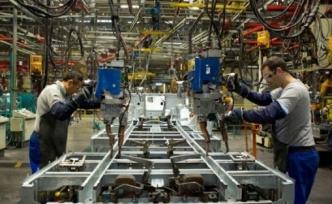 Sanayi üretimi yüzde 7,3 düştü