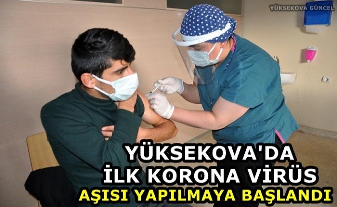 Yüksekova'da İlk Korona Virüs Aşısı Yapılmaya Başlandı
