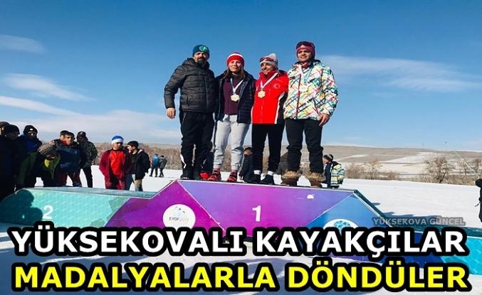 Yüksekovalı Kayakçılar madalyalarla döndüler