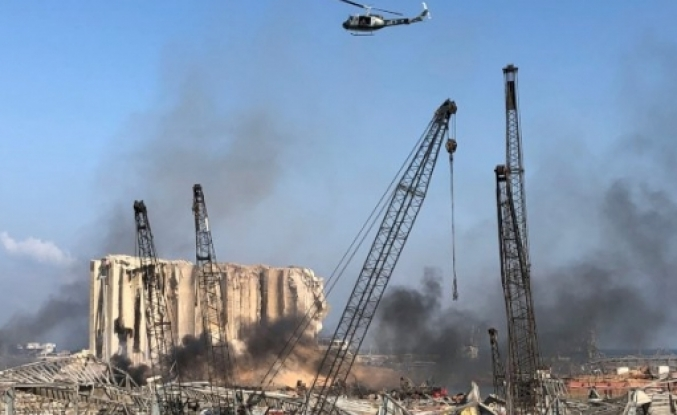 Beyrut'un merkezinde şiddetli patlama