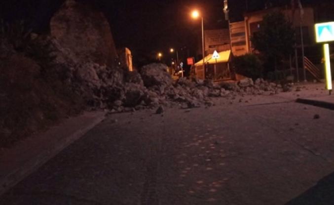 İstanbul'da surların bir bölümü yıkıldı