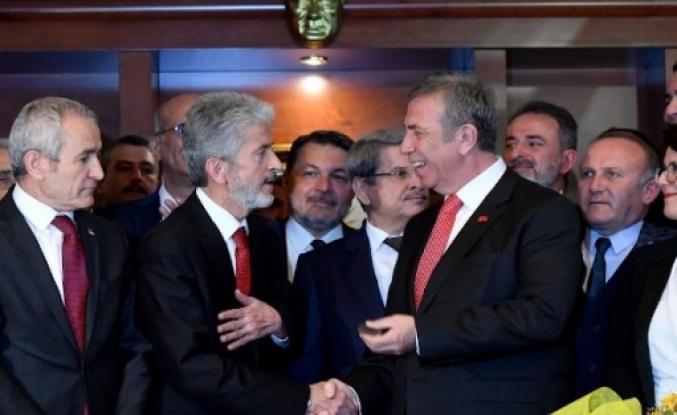 Mansur Yavaş'tan eski başkan Mustafa Tuna'ya jest: Adı geçide verildi