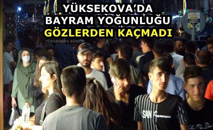 Yüksekova'da Bayram Yoğunluğu Gözlerden Kaçmadı