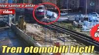 Tren kazası kamerada: 2 ölü