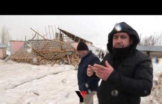 Yüksekova'da Şiddetli Fırtına Çatı uçurdu: Caner Ailesi Evsiz Kaldı