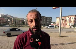 Yüksekova: Kazayı Gören Market Çalışanının Şok Geçirdiği Anları Güvenlik Kamerasına Yansıdı