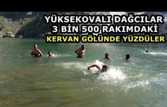 Yüksekovalı Dağcılar 3 Bin 500 Rakımdaki Kervan Gölünde Yüzdüler